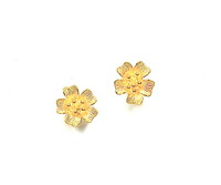 20kt Petite Dogwood Earrings