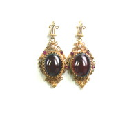 Victorian Cabochon Garnet Earrings